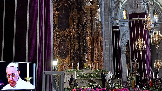 Francisco en la catedral mexicana