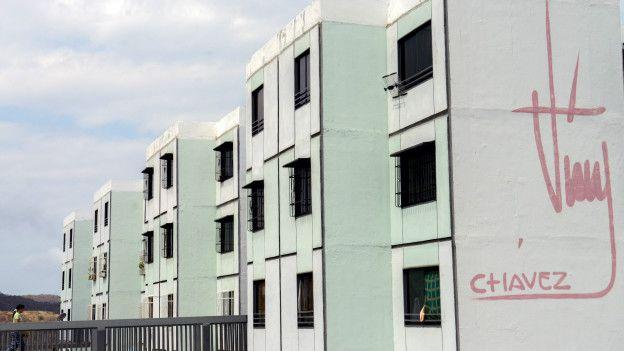 Edificio de la Misión Vivienda.