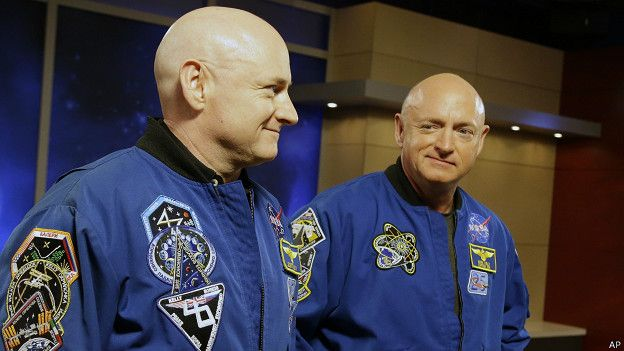 Scott y Mark Kelly
