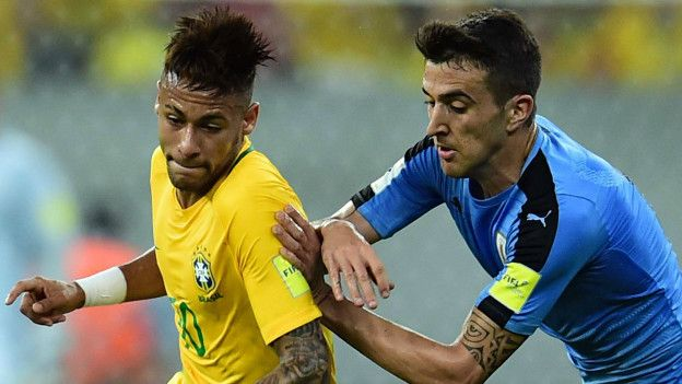 Neymar y Matías Vecino