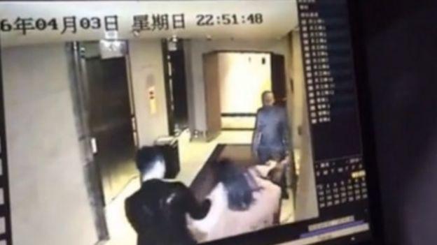 напад на жінку в готелі