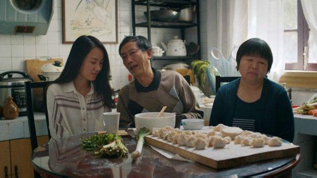 La idea de que las hijas mujeres se casen antes de los 27 años está muy arraigado en la sociedad china.