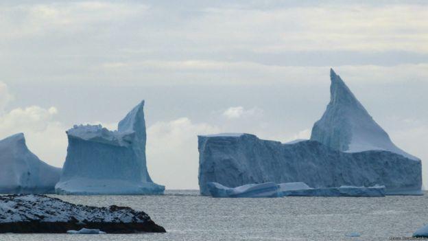 臭氧层被破坏被认为是全球变暖的重要原因。但科学家最新研究表明南极上空的臭氧层正在复苏。