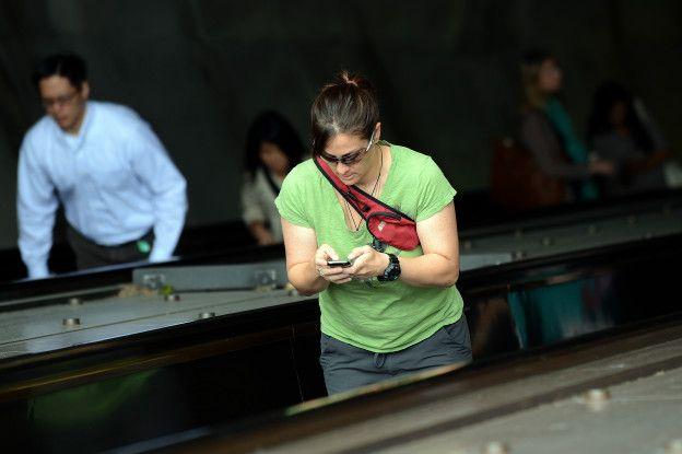 Usuaria de teléfono celular