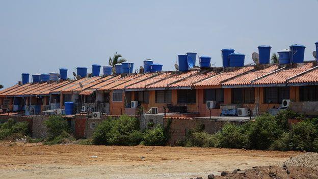 Tanque en los techos de Venezuela
