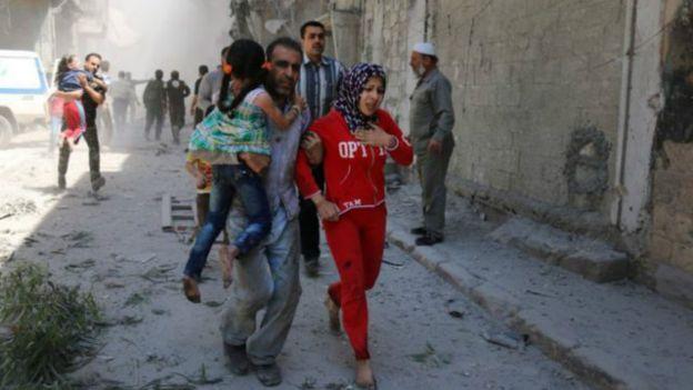 متابعة مستجدات الساحة السورية - صفحة 18 160429221629_syria_aleppo_attack_640x360_afp_nocredit