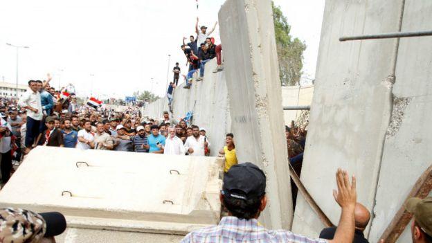 Seguidores de Sadr entran en la Zona Verde