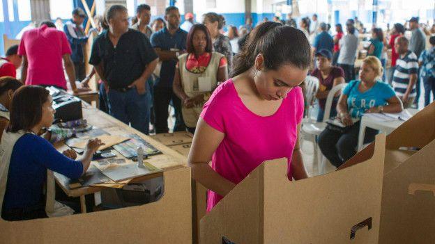 Pese a la mejora en la economía, los salarios están estancados en República Dominicana.