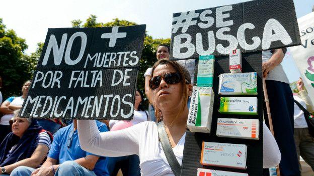 La falta de medicamentos también es causante de protestas en las calles venezolanas.