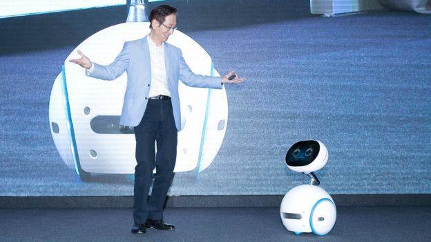 Jonney Shih presenta Zenbo, el robot doméstico de Asus