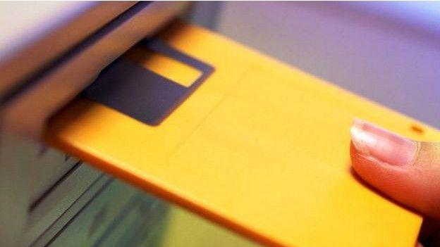 Los disquetes salieron al mercado hace más de 50 años.