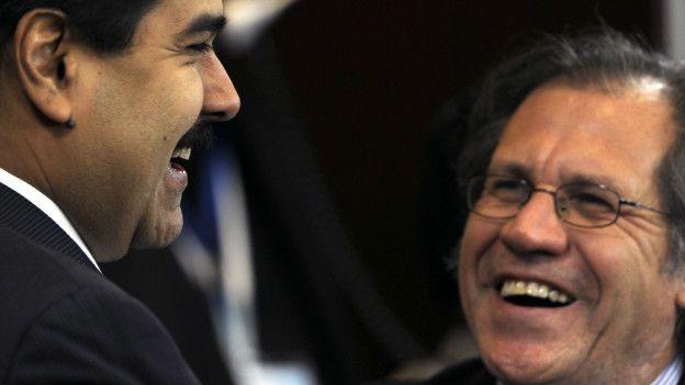 Nicolás Maduro (izquierda) y Luis Almagro