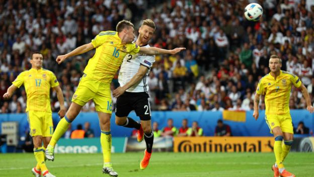 160612201235_germany_ukraine_first_goal_