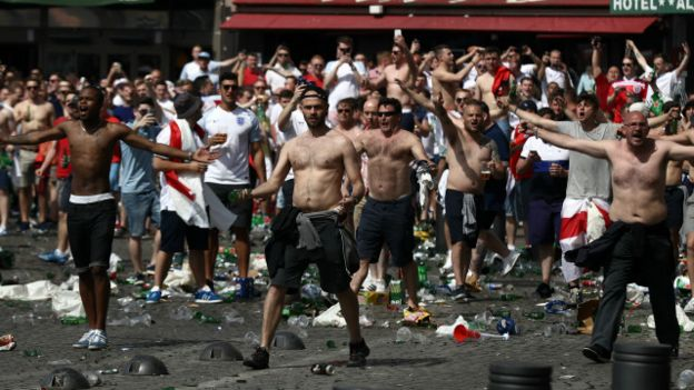 160613113435_euro_england_rusia_violence
