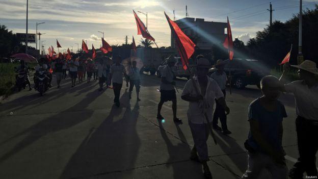示威者在晚上陸續散去。