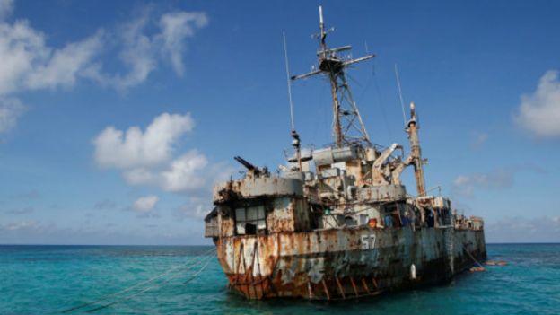 仁爱礁搁浅的菲律宾船