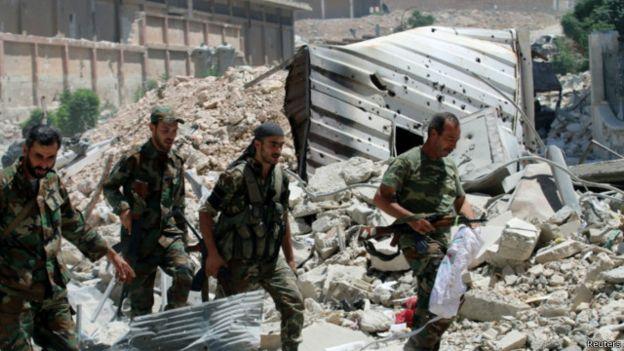 الغارديان: برنامج الأمم المتحدة للمساعدة الإنسانية في سوريا دعم شركات موالية لنظام الأسد من خلال التعاقد معها