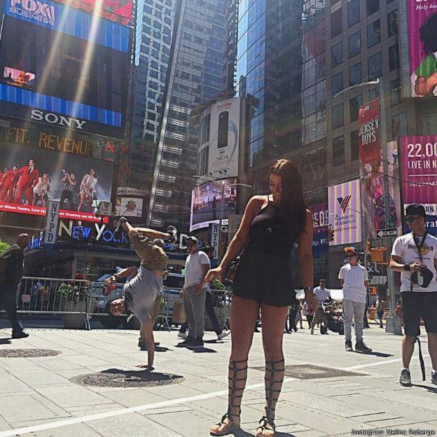 罗贝热在社交网站Instagram上晒出在纽约时代广场上拍的照片