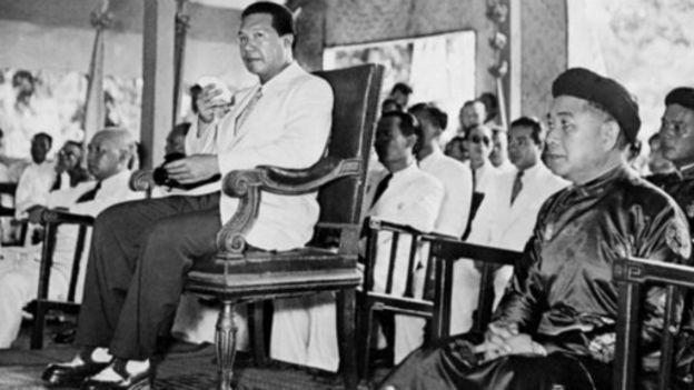 越南末代國王保大帝(左)