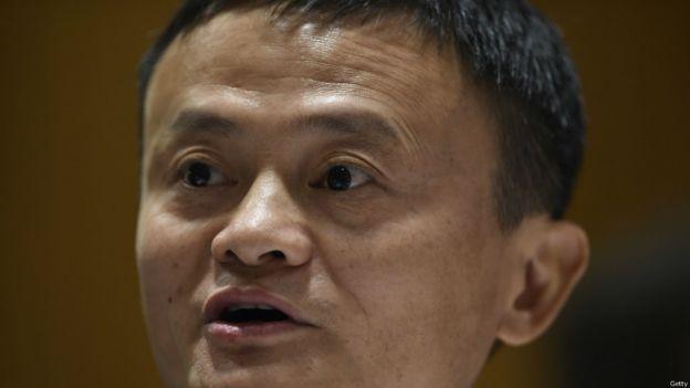 得益於電子商務巨頭阿里巴巴集團股票的上漲,馬雲(第2名,282億美元)的財富在去年218億美元的基礎上攀升了30%