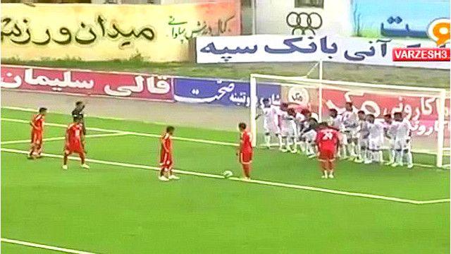 Imagen del partido en Irán entre los equipos Nasaji Mazandaran y Shahrdari Yasuj