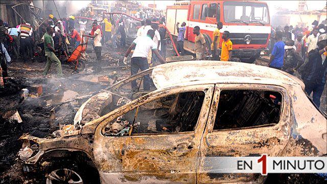 Destrozos causados por atentado en Nigeria