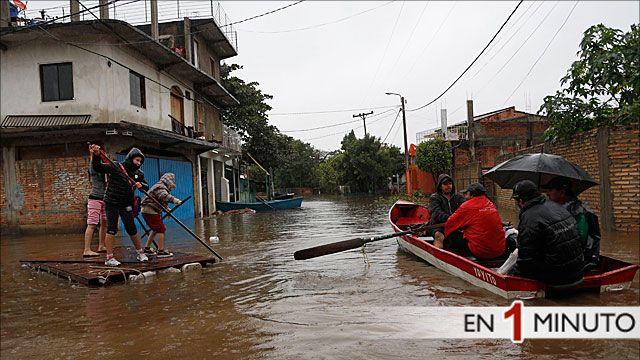 Barrio de Asunción asolado por las inundaciones