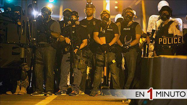 Policia antidisturbios en Misuri