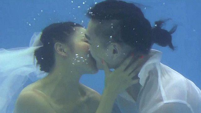 Fotos de boda bajo el agua