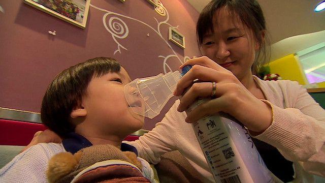 Li Tianqin y su hija