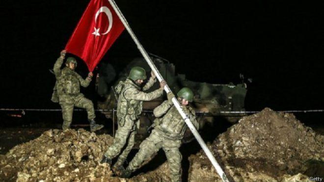 MP: Lords of the Famitas TERMINADA 150222133709_turkey_army_turkish_flag_624x351_getty