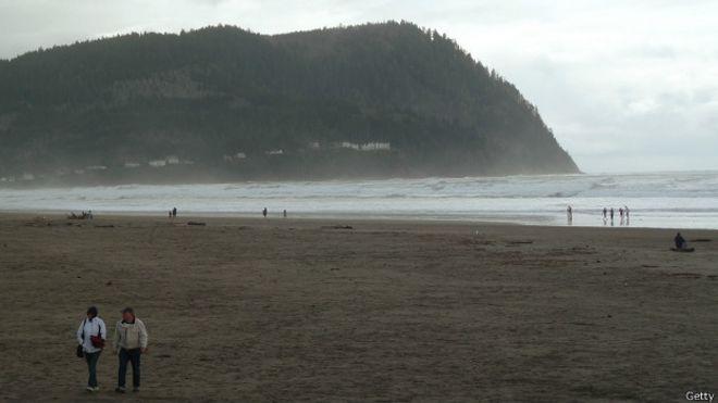 La costa noroeste de EE.UU. enfrenta el riesgo de sufrir un tsunami similar al que arrasó la costa norte de Japón en 2011.