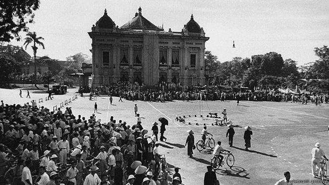 Nhà hát lớn Hà Nội, Cách mạng tháng Tám