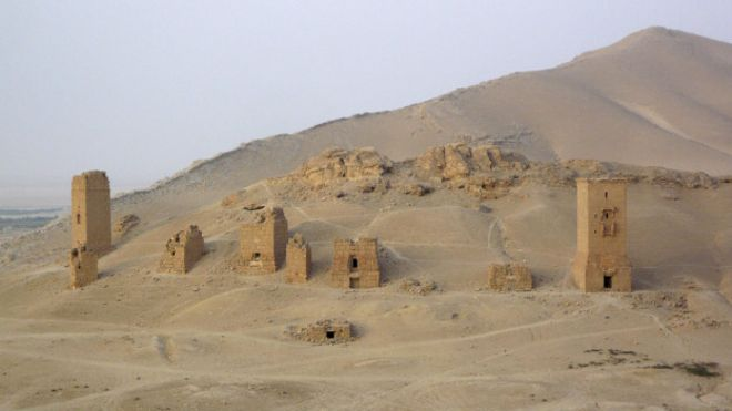 http://ichef-1.bbci.co.uk/news/ws/660/amz/worldservice/live/assets/images/2015/09/04/150904094047_palmyra_funerary_towers_624x351_reuters_nocredit.jpg