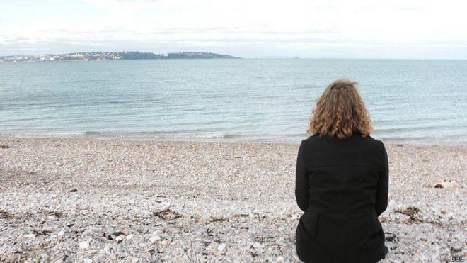 Gabbi Dix, madre de joven inglés que se suicidó hace dos años, a los 14 años de edad.