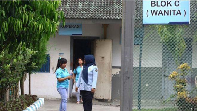 في اندونيسيا، الاستعانة بالتماسيح لحراسة السجون