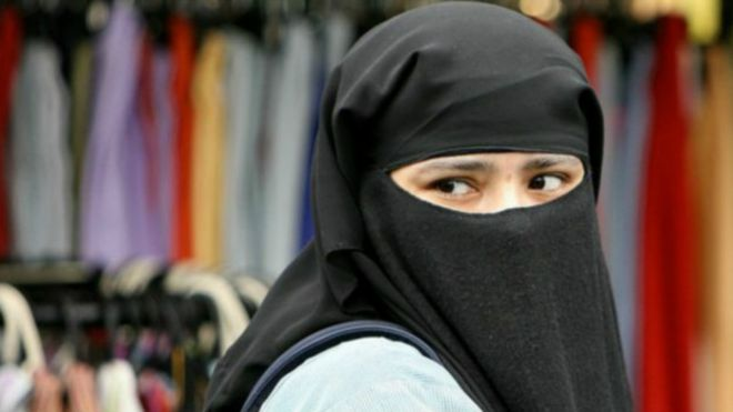 http://ichef-1.bbci.co.uk/news/ws/660/amz/worldservice/live/assets/images/2016/01/18/160118115303_muslim_woman_britain_624x351_bbc_nocredit.jpg