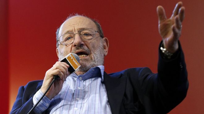 Umberto Eco en una conferencia
