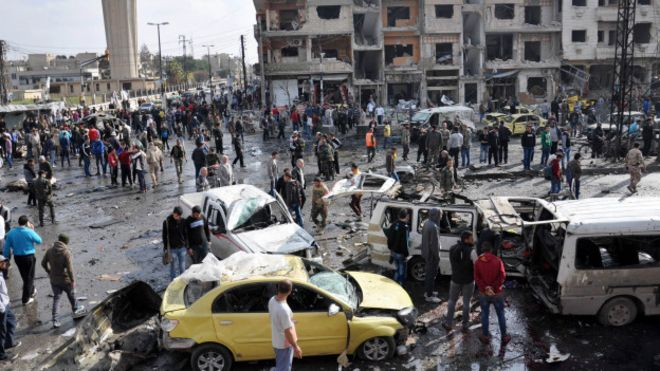 Место взрывов в Хомсе