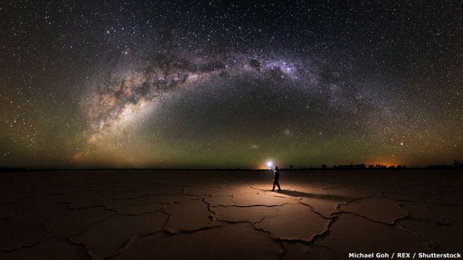 لقطة خاصة للمصور مايكل غو والسماء بالليل في حديقة نامبانغ الوطنية.