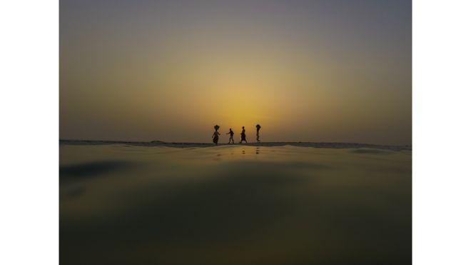 """Puesta del sol en África Occidental"", de Michael Duff"