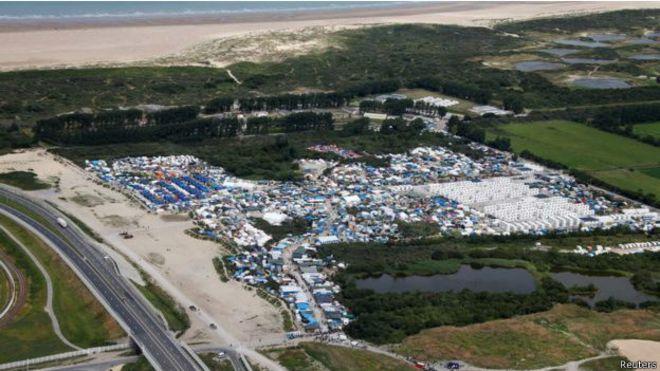 法国:周一开始拆除加莱难民营