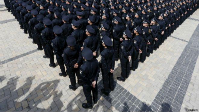 大水冲了龙王庙 乌克兰警察手足相残酿惨剧