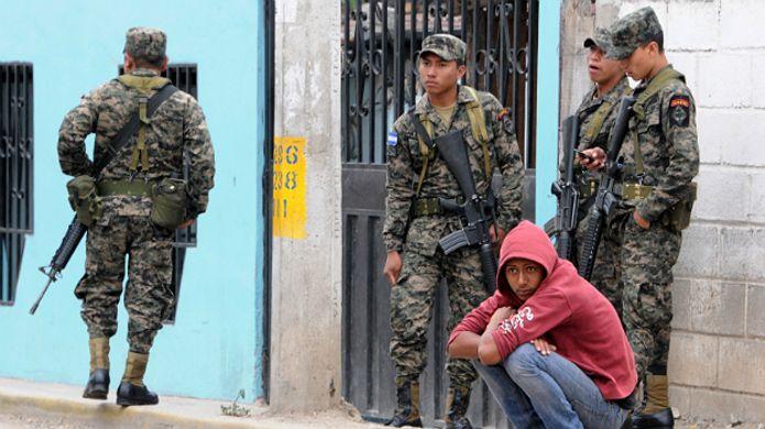 [Imagen: 160202024909_honduras_militares_afp_624.jpg]
