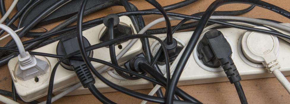 Un enredo de cables