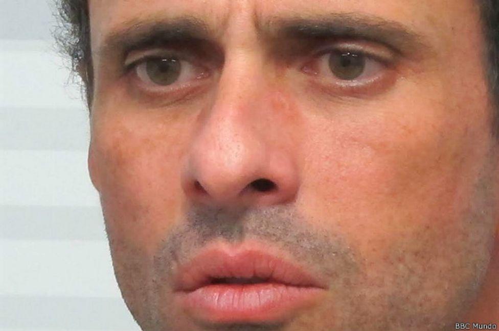 """Henrique Capriles a BBC Mundo: """"Un levantamiento militar está en el ambiente"""" en Venezuela"""