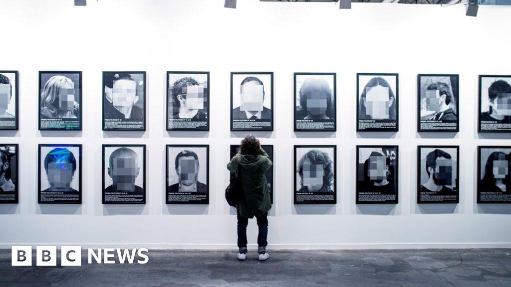 Madrid art fair removes Catalonia exhibit