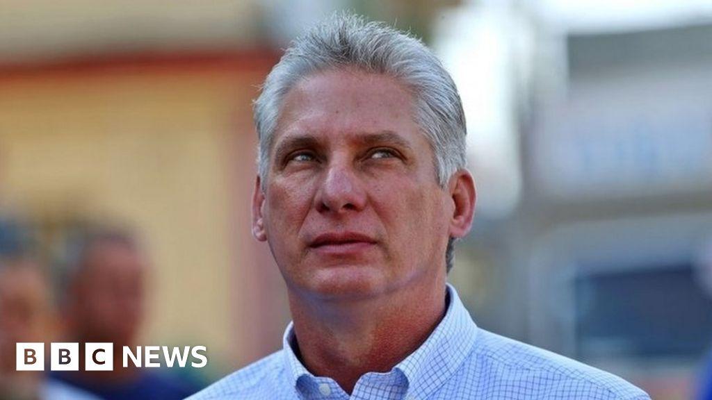 Cuba's Raúl Castro hands over power to Miguel Díaz-Canel