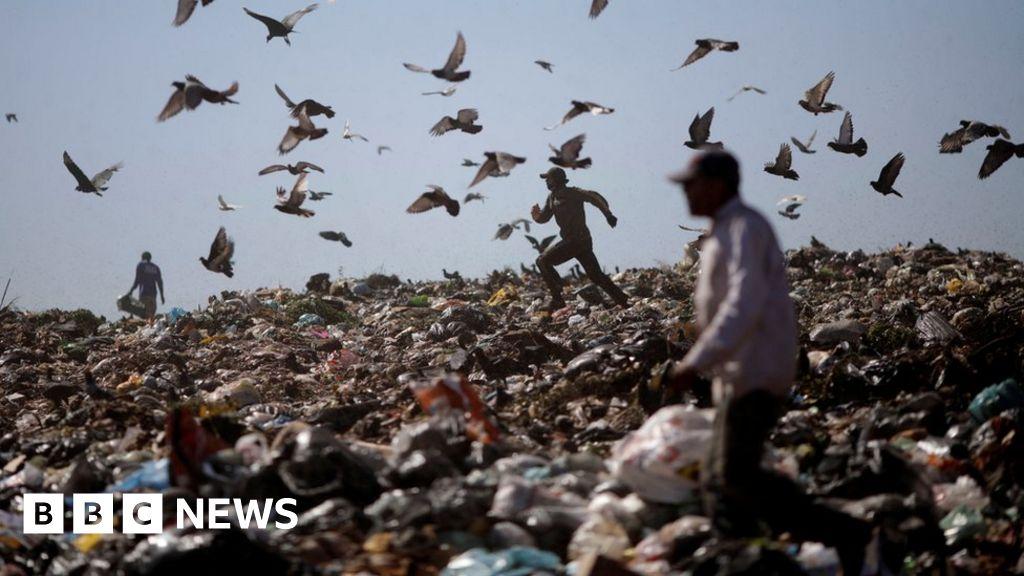 Huge Brazil rubbish dump closes after six decades