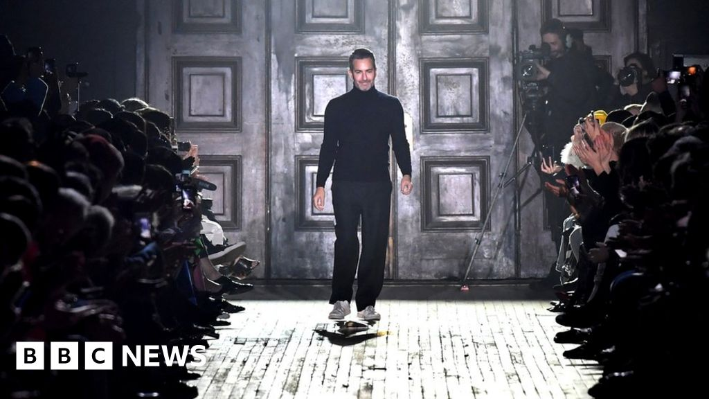 Marc Jacobs goes back to the 80s to close New York Fashion ...